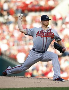 Atlanta Braves starting pitcher Shelby Miller throws during the first inning of a baseball game against the St. Louis Cardinals, Saturday, July 25, 2015, in St. Louis. (AP Photo/Billy Hurst)