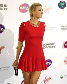 Maria Sharapova Maria Sharapova Hot, Sharapova Tennis, Maria Sarapova, Tennis Players Female, Athletic Women, Beautiful Celebrities, Sports Women, Lady In Red, Sexy Women