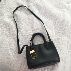 Ralph Lauren black newbury mini tote In excellent shape the perfect mini tote! Ralph Lauren Bags Mini Bags