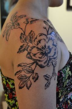 Black and grey flower shoulder piece by Caryl Cunningham