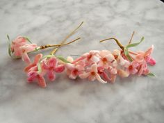 Vintage 1950s millinery flower trims 4 pc assorted pink velvet milliners bench