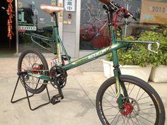 http://www.bikeforums.net/folding-bikes/897915-bikes-we-like-6.html