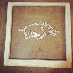 Window pane with a Razorback window decal. Great for the kitchen or a razorback room.