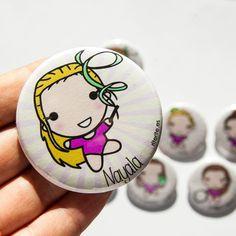 Chapa personalizada niña gimnasia rítmica. http://accesoriosriterite.blogspot.com.es/2014/12/chapas-club-escuela-ritmica-valle-de.html