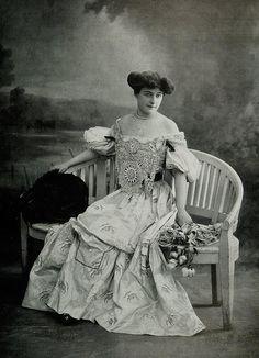 Les Modes (Paris) November 1905 Robe du Soir par Callot Soeurs