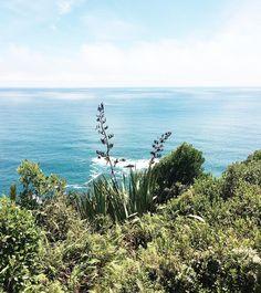 Saudade desse mar dos matinhos e das good vibes da Nova Zelândia. Quando a natureza domina todo mundo fica  by rairovsky