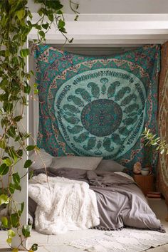 Boho bedroom large art