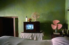 La telepantalla by yusnabycuba,  The telescreen - CUBA 40 years stop in time