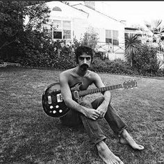 Frank with his Black Widow Frank Vincent, Pulled Back Hairstyles, Bad Puns, Frank Zappa, Him Band, Great Leaders, Les Paul, Record Producer, Pop Music