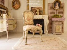 Dollhouse French castle 1scale - Shabby chair Louis XV - Red toile de Jouy and Gustavian grey - Furniture for a dollhouse in 1:12th scale Shabby