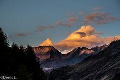 descente depuis le lac bleu 2 Half Dome, Mount Everest, Photos, Mountains, Nature, Travel, Inspiration, Cabin, Blue