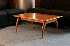 Free Plan: Mahogany Coffee Table - Fine Woodworking