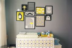 Decorating with posters and drawings - BE Decoration Baby Bedroom, Nursery Room, Boy Room, Girls Bedroom, Baby Decor, Kids Decor, Diy Bebe, Kid Spaces, Grey Walls