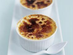 Creme brulee - smarter - Zeit: 25 Min. | eatsmarter.de Ein echter Dessert-Klassiker.