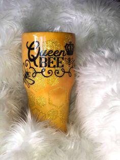 Beehive Tumbler Geode Tumbler Glitter Tumbler Stainless | Etsy Vinyl Tumblers, Custom Tumblers, Acrylic Tumblers, Glitter Tumblers, Cup Design, Glass Design, Tumblr Cup, Disney Cups, Cup Crafts