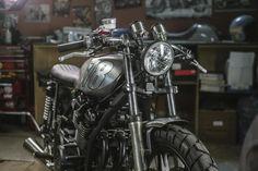 Yamaha XS750 Cafe Racer by Dozer Garage