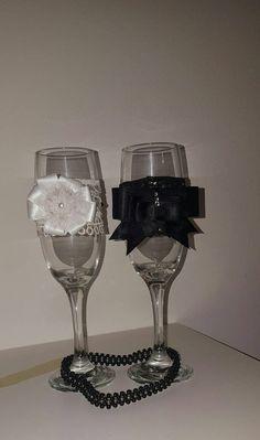 Guarda questo articolo nel mio negozio Etsy https://www.etsy.com/it/listing/467626684/bicchieri-flute-champagne-per-sposo-e