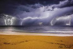 A new study suggests... Earth Science, Science Nature, Underwater Drone, Time Lapse Photo, World Geography, Lightning Strikes, Natural Phenomena, Geology, Clouds