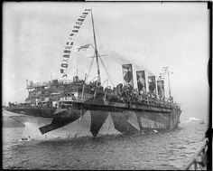 SS Mauretania sailing into N.Y. Harbor with new veterans | Flickr