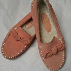 Cole Haan leather loafer slipper Pink Cole Haan leather loafer style slipper shows light wear mostly on sole as shown, worn very minimally.  size 5.5 Cole Haan Shoes Slippers