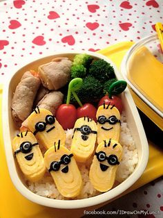 A bento is basically a fancy Japanese lunchbox. Many Japanese mothers prepare bento box lunch for their kids, and arrange the meal in a pleasing way. Using different cartoon characters and animals, they make their bento boxes amazing. Minion Lunch Box, Bento Box Lunch For Kids, Bento Kids, Lunch Snacks, Lunch Ideas, Food Art Bento, Japanese Bento Box, Boite A Lunch, Cuisine Diverse