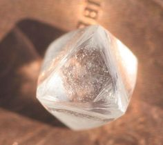 Rough uncut diamond octahedron - one in a million natural gem D/E IF carat Uncut Diamond, Rough Diamond, Diamond Cuts, All Gems, Gem Stones, Diamond Design, One In A Million, Atlantis, Precious Metals