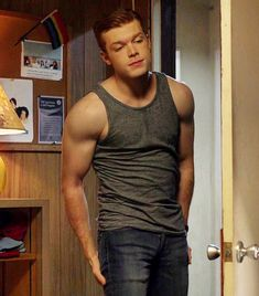 Cameron Monaghan, Ian Gallagher, Gallavich, Shameless, jerome Valeria, Gotham, Joker