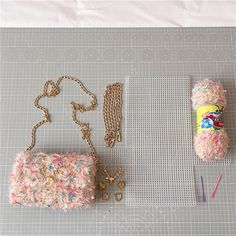 Diy Crochet Bag, Crochet Bag Tutorials, Crochet Flower Tutorial, Diy Bags Easy, Diy Handmade Bags, Diy Handbag, Diy Purse, Diy Bags Purses, Diy Ribbon