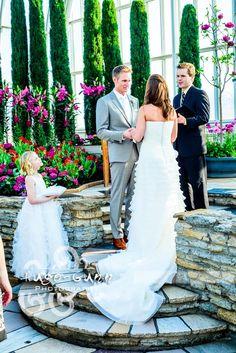 bride & groom saying vows