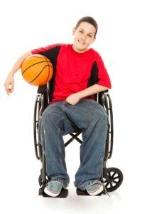 Ni o en silla de ruedas pintando silla de ruedas infantiles pinterest painting - Silla de ruedas ninos ...