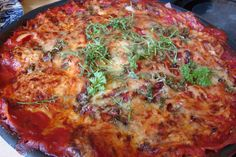 Lasagne with eggplants, spinash and tomatoes.home made Eggplants, Quiche, Tomatoes, Vegetarian Recipes, Shots, Homemade, Drinks, Breakfast, Healthy