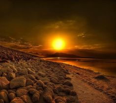 Sunset Landscapes | Stunning beauty compelled us to share this. We hope you like it.