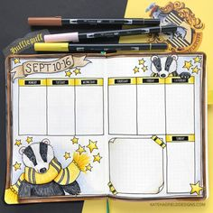 Memory keeping in my bullet journal Harry Potter themed bullet journal spread! Hufflepuff themed weekly bujo layout created with Tombow markers in an dot grid journal. Bullet Journal September, Bullet Journal Inspo, Bullet Journal 2020, Bullet Journal Notebook, Bullet Journal Aesthetic, Bullet Journal Spread, Bullet Journal Layout, Bullet Journal Ideas Pages, Bullet Journal Markers