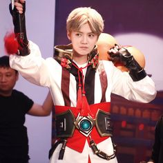 """Luhan 鹿晗 with Tencent game """"King of Glory"""" Exo Ot12, Luhan Exo, Small Deer, Luge, Boys, Sexy, King, Twitter, Baby Boys"""