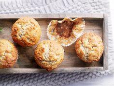 Banana Walnut Muffin http://www.fuersie.de/kochen/backrezepte/galerie/rezepte-von-cynthia-barcomi/page/7#content-top