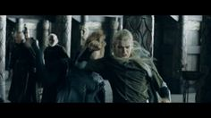 One of my favorite Legolas moments, Punching without looking is always cool