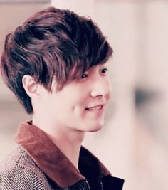 That dimple is killing me...:-*. Lay Zhang Yixing EXO-M.