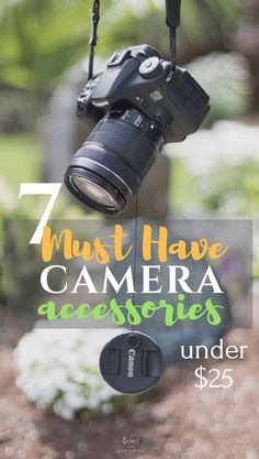 7 must have camera accessories for beginners - Photography, Landscape photography, Photography tips Photography Bags, Dslr Photography Tips, Photography Accessories, Photography Tips For Beginners, Photography Lessons, Photography Equipment, Photography Business, Photography Tutorials, Digital Photography