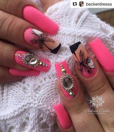 Diva Nails, Nail Photos, Crystal Nails, Top Nail, Beautiful Nail Designs, Bling Nails, Mani Pedi, Nail Arts, Hawaiin Flowers