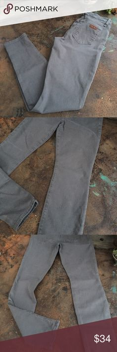Joe's Skinny Provocateur Joes Jeans gray skinny provocateur jean, these are in nice condition but show some wear on the back pocket. Joe's Jeans Jeans Skinny