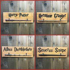 Harry Potter Bedroom, Harry Potter Decor, Harry Potter Hermione Granger, Harry Potter Wand, Wand Woods, Famous Books, Albus Dumbledore, Severus Snape, Cedar Wood