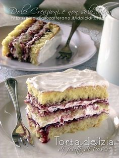 delicious cake with berries and cream Italian Cake, Italian Desserts, Italian Recipes, Torta Angel, Super Torte, Bakery Recipes, Great Desserts, Savoury Cake, Sweet Bread
