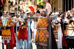 Día de la Gloria. Fiestas de Moros y Cristianos de #Alcoy. Declaradas de Interés Turístico Internacional desde 1980. #Alcoi #MorosyCristianos