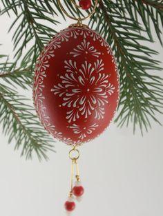 Ei Osterei Ornament rot Hand Painted Henne Ei Wachs von EggstrArt