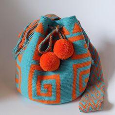 Crochet Handbags, Crochet Purses, Tapestry Crochet Patterns, Tapestry Bag, Handmade Handbags, Quilted Bag, Knitted Bags, Knitting Designs, Hand Crochet