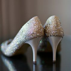 Sparkly shoes for a bride who loves bling.
