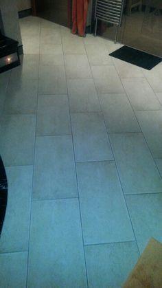 Fliesen   Boden /Steinzeug Creme