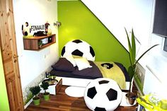Kinderzimmer Ikea Mammut Exquisit Fuaball Gestalten Zimmer Design Ideen Schon Fusball Deko Fussballzimmer – Identifikuj