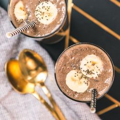 Enjoy the best of Starbucks® coffee and get your daily dose of protein with our coffee peanut butter protein smoothie recipe. Recipe Smoothie, Protein Smoothie Recipes, Smoothie Drinks, Healthy Smoothies, Healthy Recepies, Healthy Breakfasts, Fruit Smoothies, Healthy Drinks, Healthy Snacks
