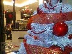 La Heladería Dino, vestida de Navidad